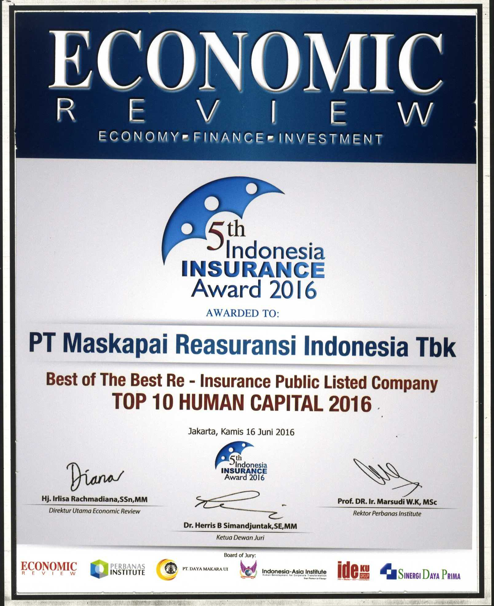 Majalah Economic Review : Top 10 Human Capital 2016 - 5th Indonesia Insurance Award 2016